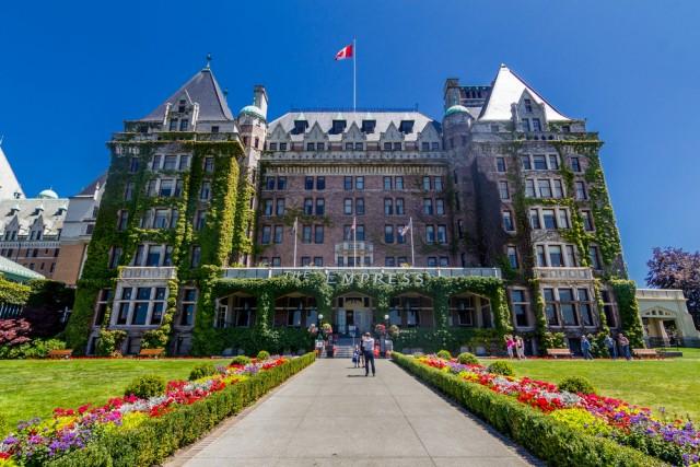2Fairmont Empress Hotel achinthamb _ Shutterstock.com