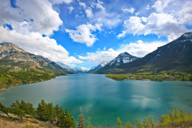 4 Waterton Lakes National Park